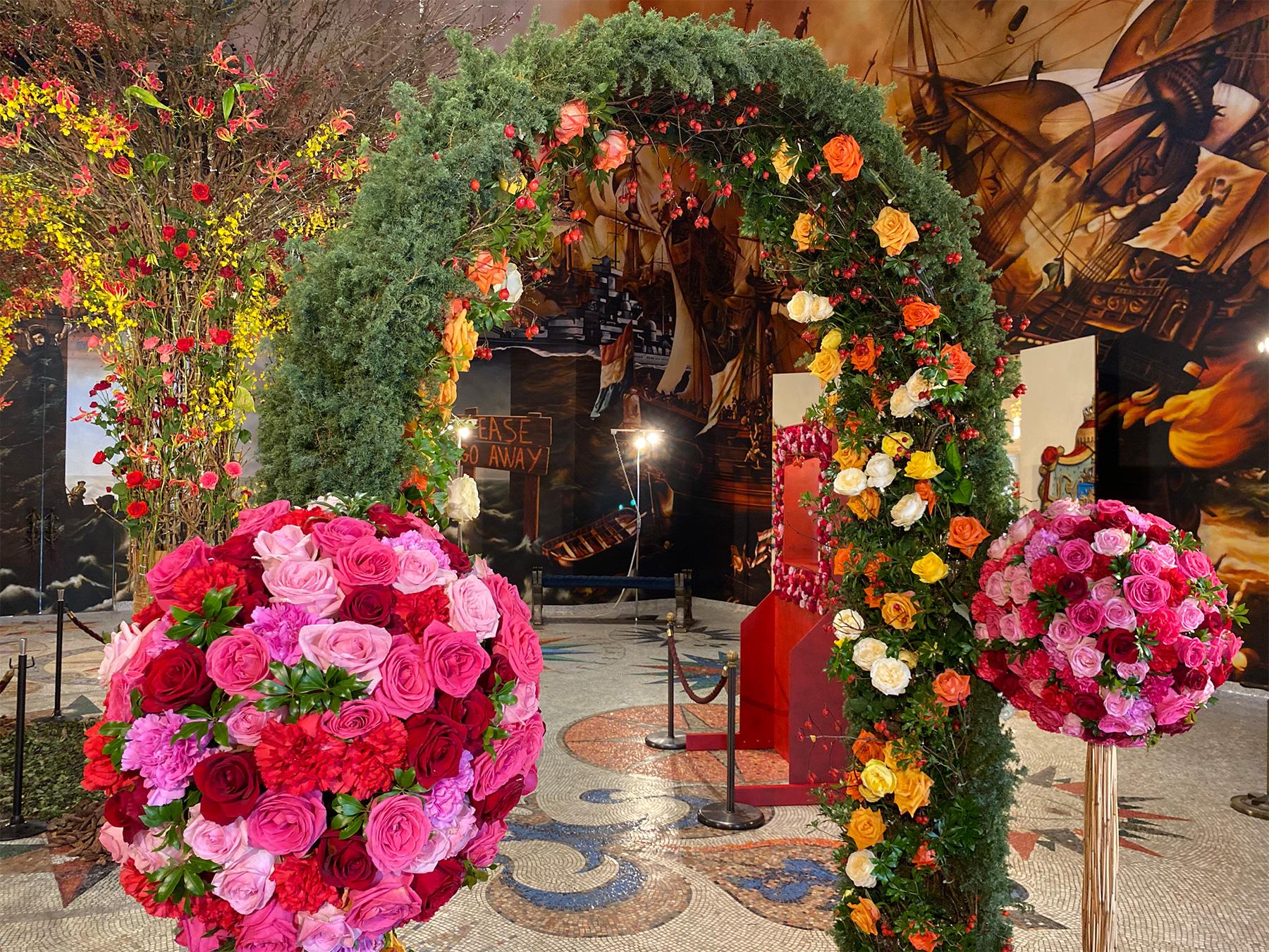 長崎・ハウステンボスを彩る「バラ」「ポインセチア」「胡蝶蘭」3つの花の特別展